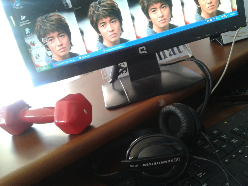 kimutaku, sennheiser, PC, dumbbell